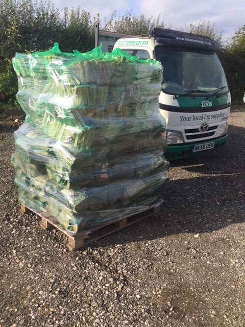 Wholesale Supplier of Netted Logs and Kindling